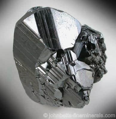 Cristal de hematita grueso brillante