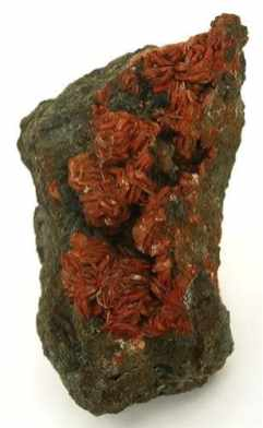 Heulandita italiana de color rojo ladrillo