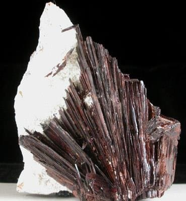 Roca Acicular de Huebnerita