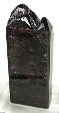 Cristal de tanzanita de color natural