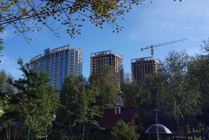 «Мінфін» публікує новий, третій за рахунком, рейтинг київських забудовників.