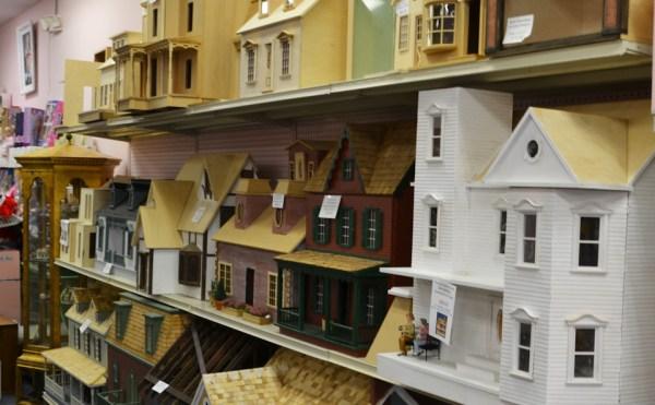 miniature cellar dollhouse miniatures