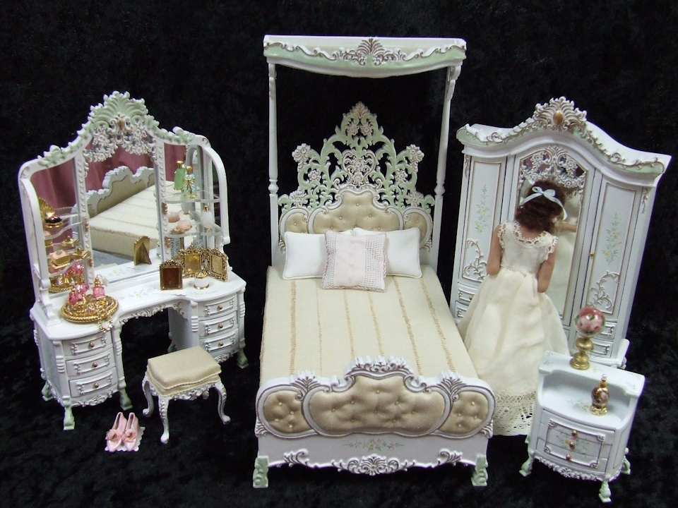 Miniature Designs Full Service Dollhouse Miniature Shop