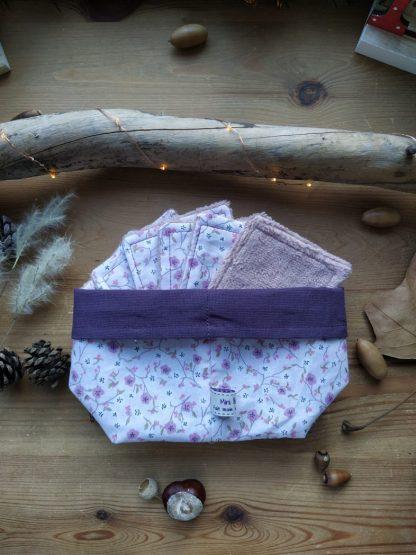 panier-tissu-lingettes-coloris-fleurs-mauves-interieur-violet