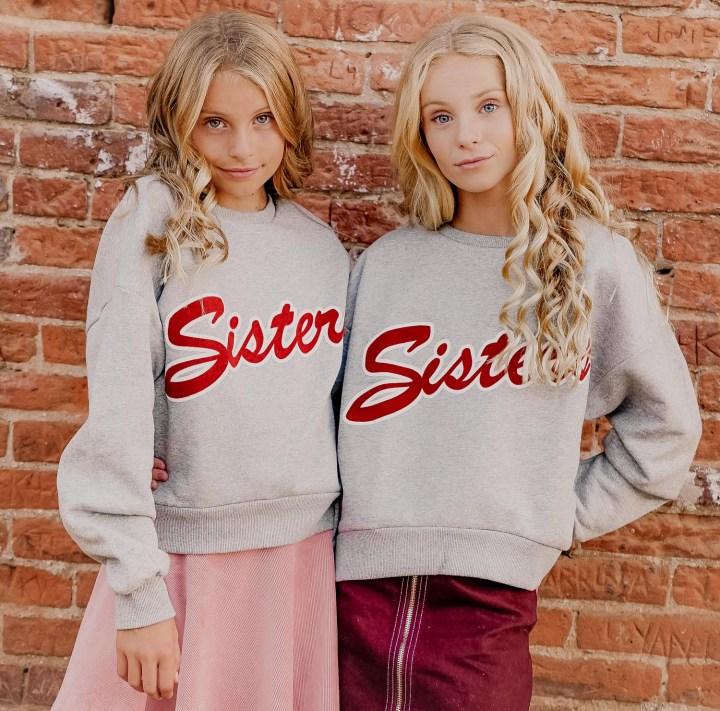 2018-10-12_ILCE-7M2_sisters_2018-10-12_ILCE-7M2_untitled__DSC1477