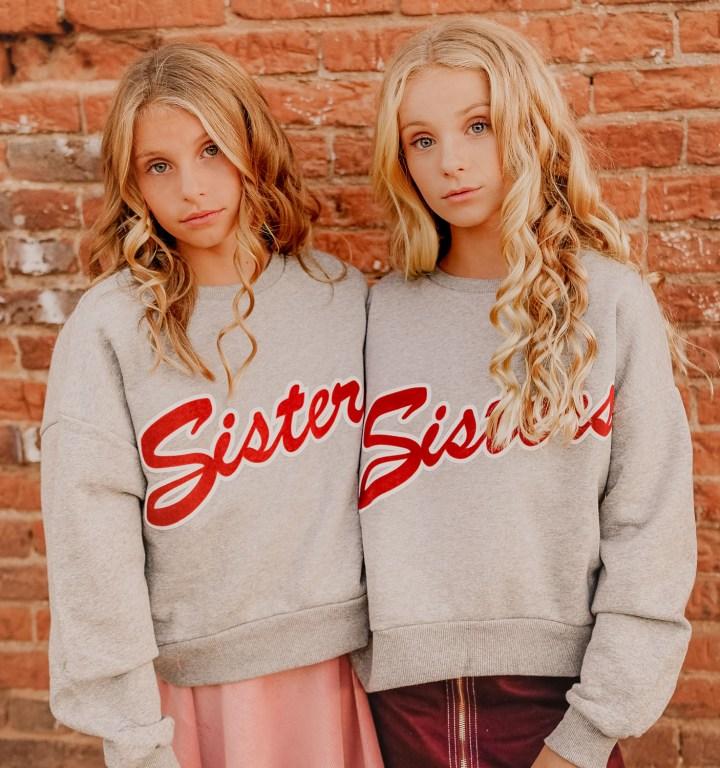 2018-10-12_ILCE-7M2_sisters_2018-10-12_ILCE-7M2_untitled__DSC1485