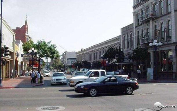 main-street-64916