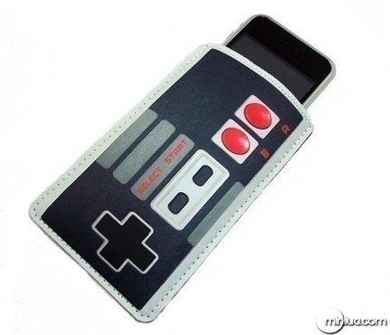 game-controller-iphone-case