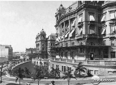 1920-Palacete Prates (Automóvel Club) no vale do Anhangabaú
