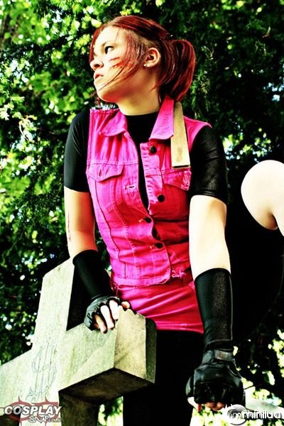 claire-redfield-cosplay-resident-evil2