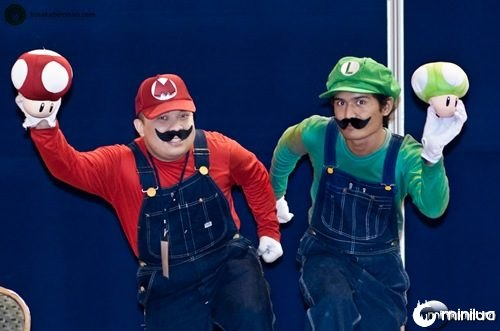 Mario brothers cosplay at Daicon 2009