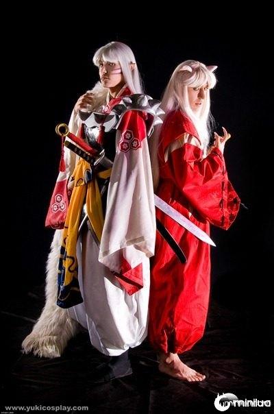 Sesshoumaru_and_InuYasha_by_Yukilefay