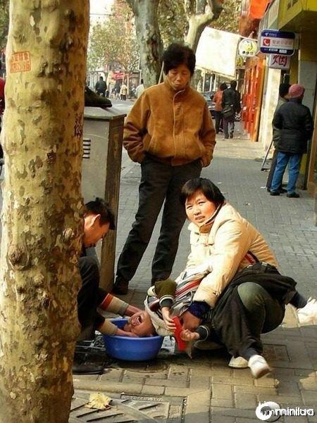 Crazy_Photos_From_Asia_11
