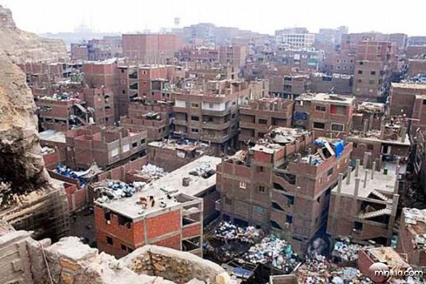 garbage_city_of_cairo_16