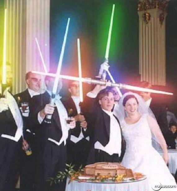 really-strange-weddings10