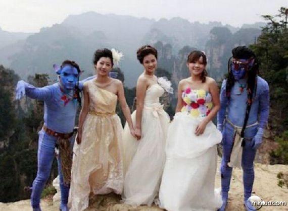 really-strange-weddings16