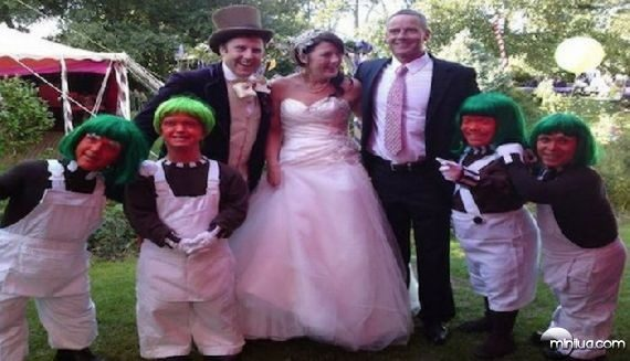 really-strange-weddings19
