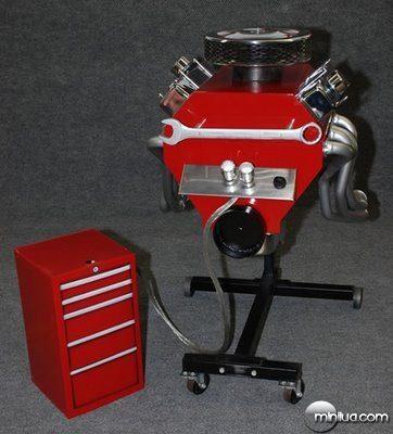 fun_weird_amazing_crazy_offbeat_engine-block-grill-fabgrill_20090718115513624