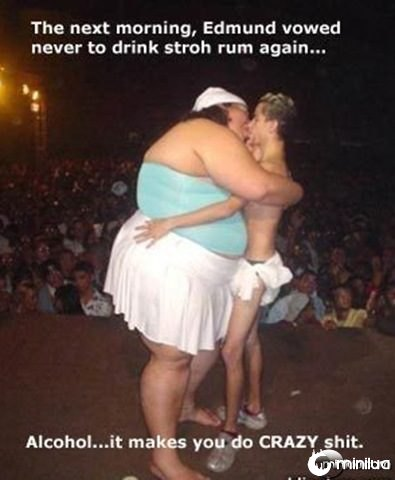 adult funny pictures - The Big Kiss