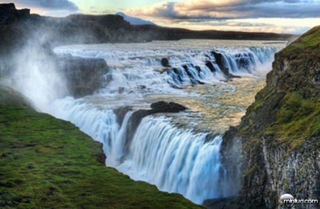 Gullfoss-Waterfall-Iceland