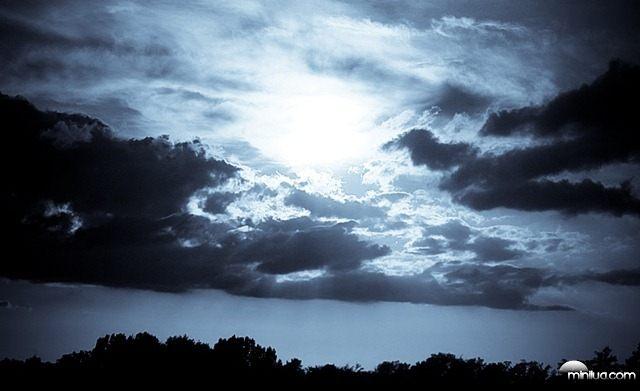 Bad_Sky_by_Gilescha