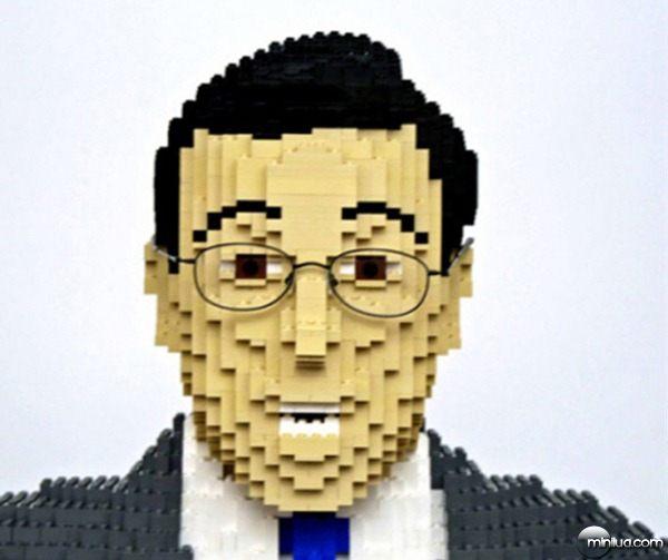 22-Esculturas-Incriveis-de-Lego8