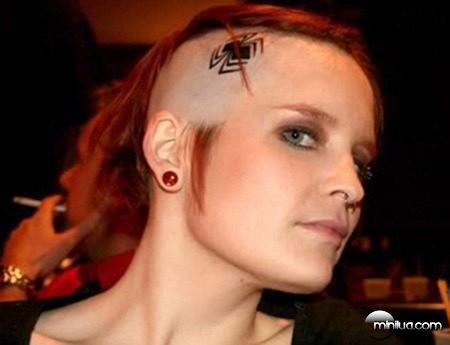 a98254_scalp-tattoo_7-spider