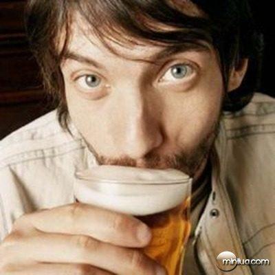 cerveja-homem-copo_12025_18044