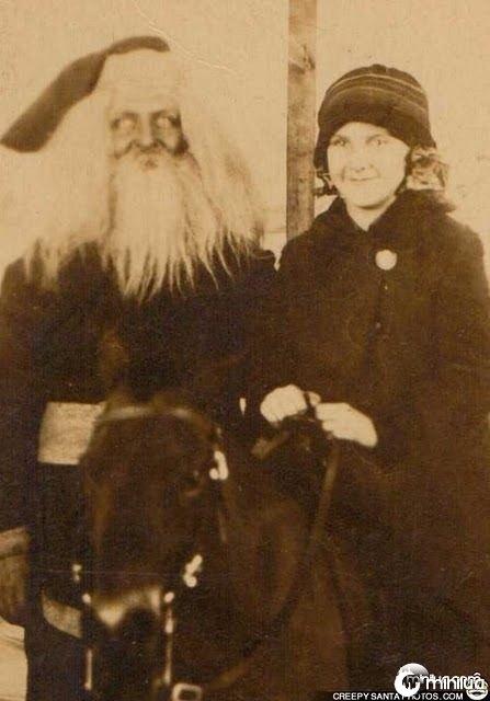 creepy-old-photo-santa