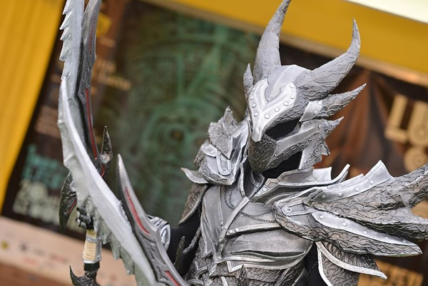 cosplay_dovahkiin_daedric_full_armor_from_skyrim_by_zerios88-d5ro4lv