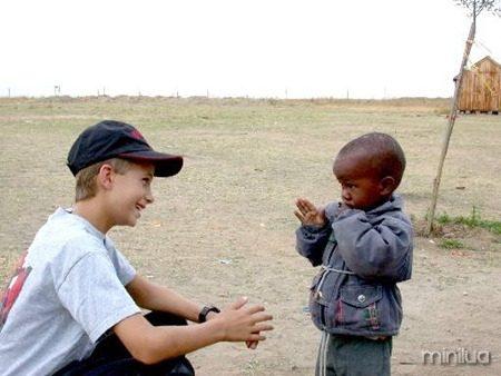 Ryan Hreljac na África
