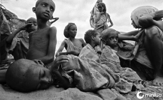 hungry-african-children