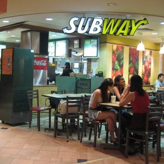 Subway_restaurant_in_the_basement_of_Raffles_City_Shopping_Centre,_Singapore_-_20060529