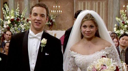 201211271657420.Cory-and-Topanga-s-wedding-boy-meets-world-31380207-640-480