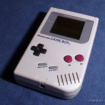 392624-123950_gadget26_gameboy_b