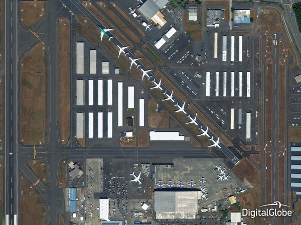23E24F0300000578-2866122-The_Defense_Intelligence_community_relies_on_images_of_airports_-a-75_1418076457906