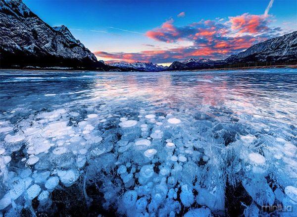 Sunset at Abraham Lake