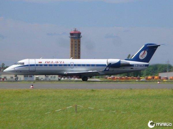 Belavia_CRJ200
