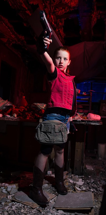 resident-evil-cosplay-claire-refield-kid-code-veronica-cosplayer-cosawesome-theskim-theskimdotnet