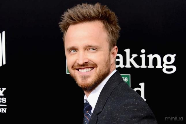 aaron-paul-se-suma-a-fathers-and-daughters-1