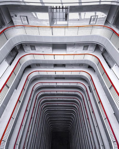 architecture-photography-symmetrical-monsters-instagram-121__605
