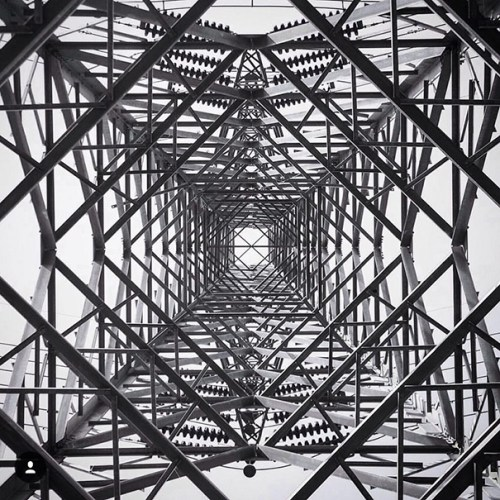 architecture-photography-symmetrical-monsters-instagram__605