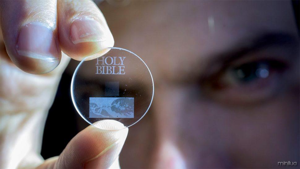 cinco de armazenamento de dados de cristal 5d dimensional