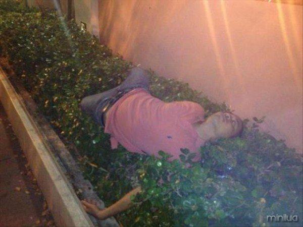 people-sleeping-everywhere (1)