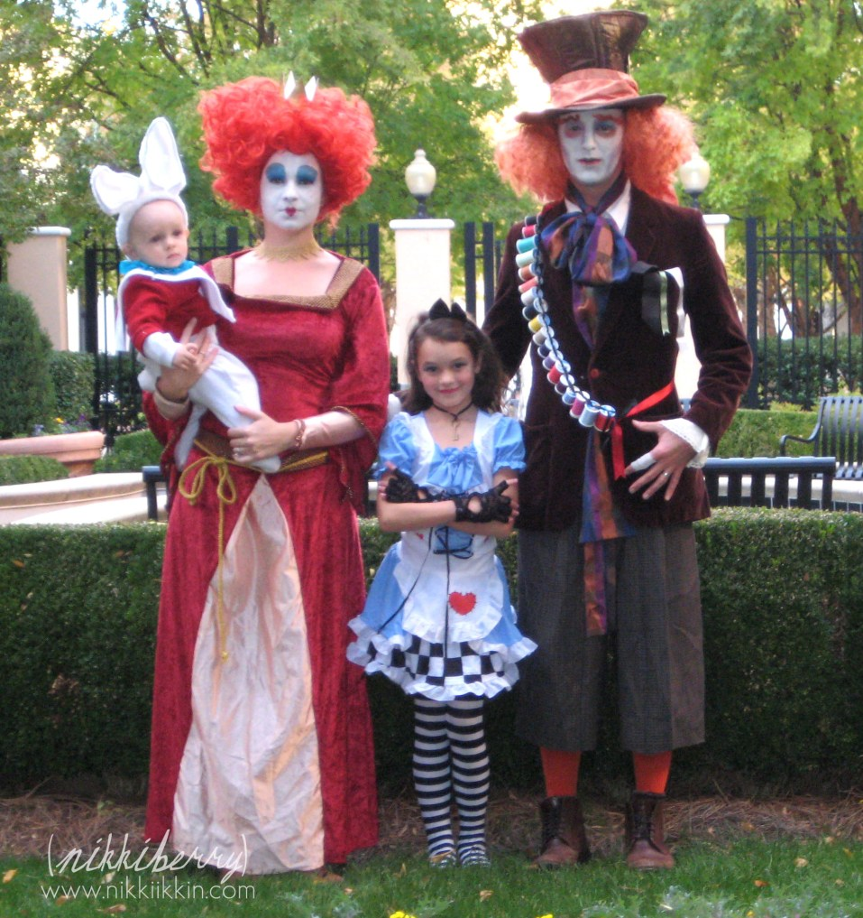 family-costumes-18