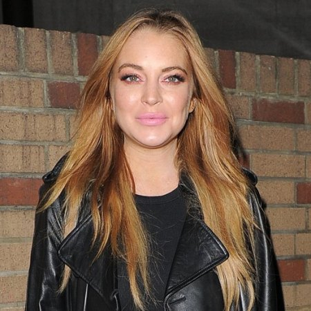 Actress Lindsay Lohan at the Sexy Fish restaurant in Mayfair. Pictured: Lindsay Lohan Ref: SPL1158231 211015 Picture by: Gotcha Images / Splash News Splash News and Pictures Los Angeles:310-821-2666 New York: 212-619-2666 London: 870-934-2666 photodesk@splashnews.com