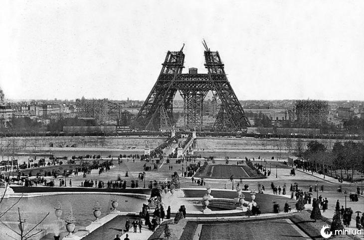 Metade da Torre Eiffel