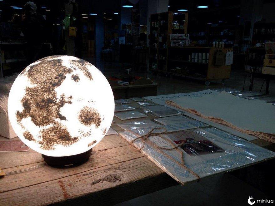 Lua-lâmpada-pulsarmoonlight-31