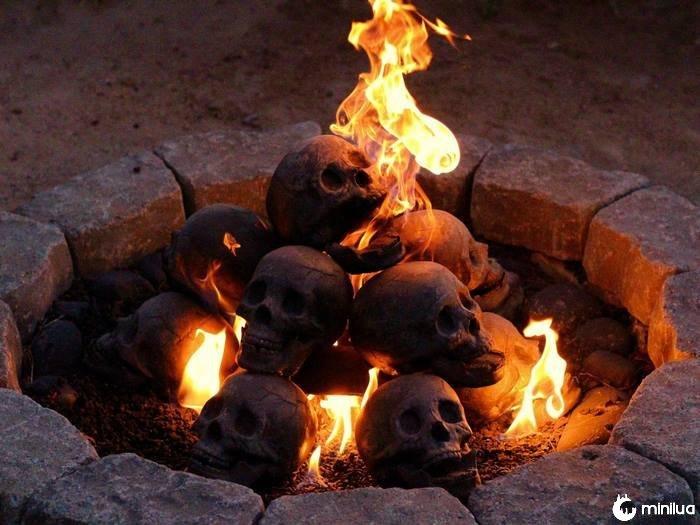 Crânio-fogo-poço-formação-criações-15