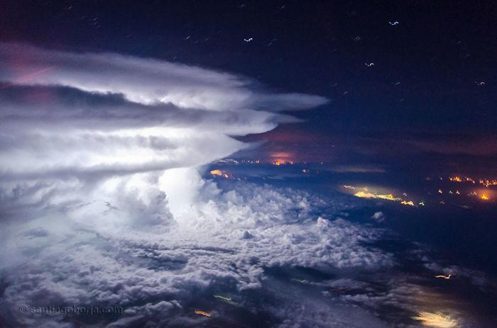 Tempestade fora da costa da Venezuela
